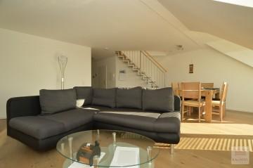 Düsseldorf-Himmelgeist: Großzügige Maisonette-Wohnung mit Rheinblick!, 40589 Düsseldorf (Himmelgeist), Himmelgeister Landstrasse, Möbliertes Wohnen